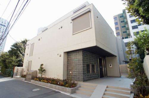 COLLES新宿(コレス新宿)